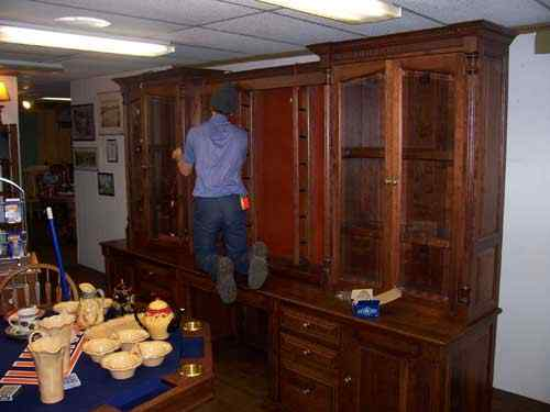 26 Gun Wall Unit In Cherry Wood